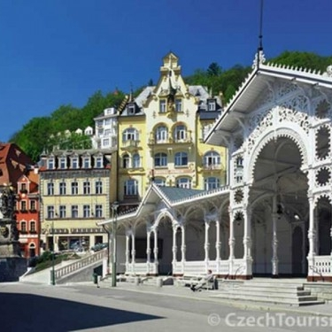 Day trip from Prague to Karlovy Vary (Karlsbad)