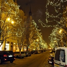 The decorated Parizska street